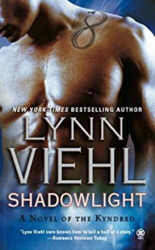 Shadowlight by Lynn Viehl